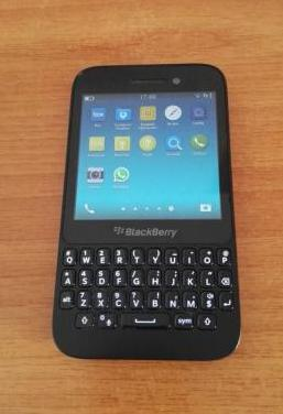 Blackberry q5 con whatsapp