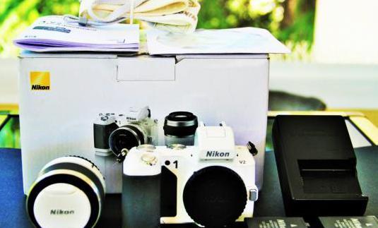 Nikon 1v2 mirrorless, kit completo, 8698 disparos
