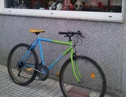 Primera.bicicleta mountain bike americana....