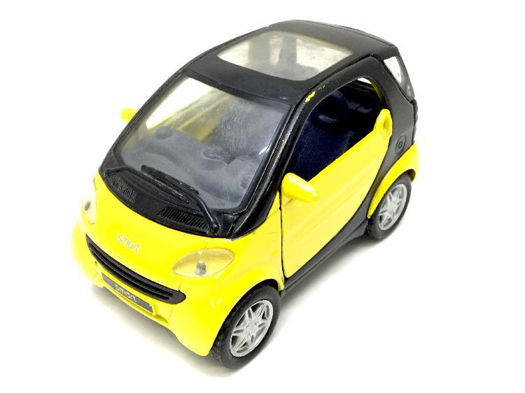 32 % coche metal maisto smart city coupe