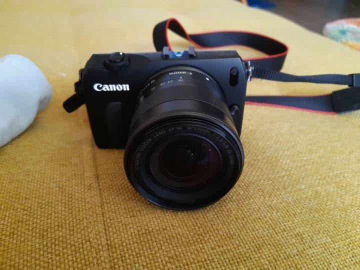 Canon eos m 300 digital
