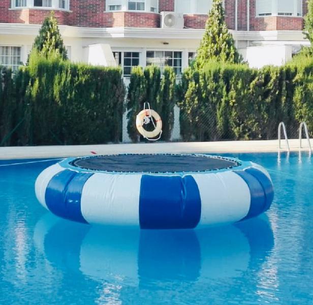 Castillo hinchable cama elástica acuatica 4 x 4