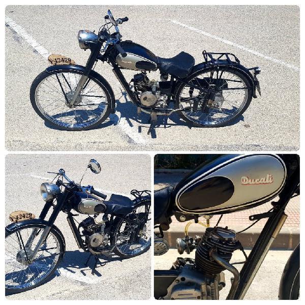 Ducati y derbi, con documentación.