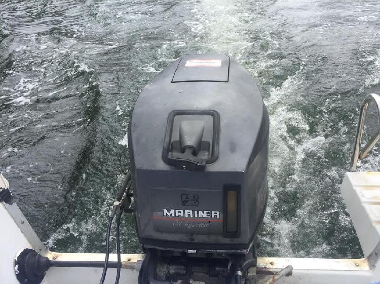 Motor fueraborda marinier