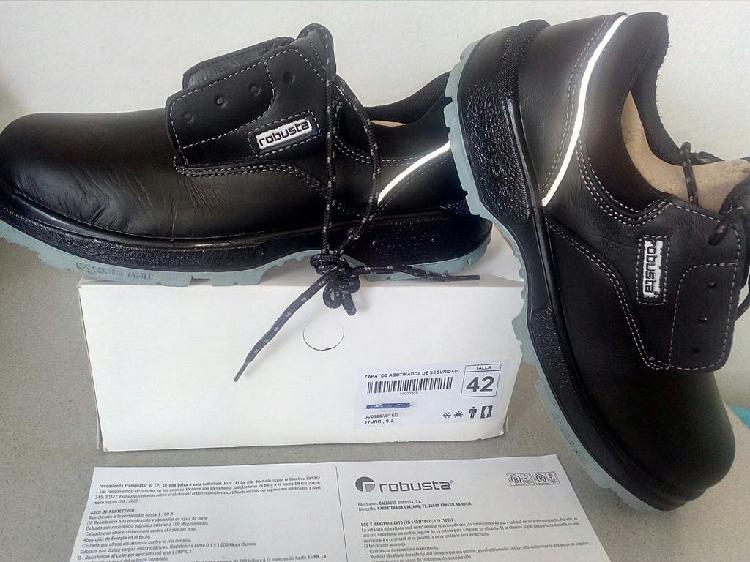 Producto nuevo: zapatos de seguridad n° 42 de gama