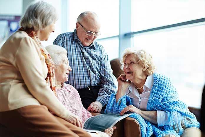 Cuidar personas mayores.