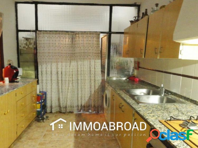 Adosado en venta en Oliva con 5 dormitorios y 1 baños 2