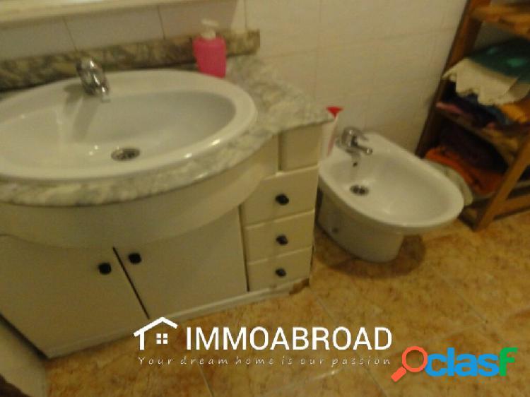 Adosado en venta en Oliva con 5 dormitorios y 1 baños 3
