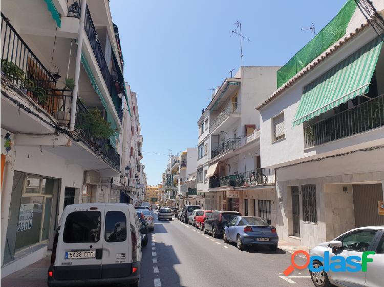 Amplio Piso en pleno centro de San Pedro con Tres dormitorios. 2