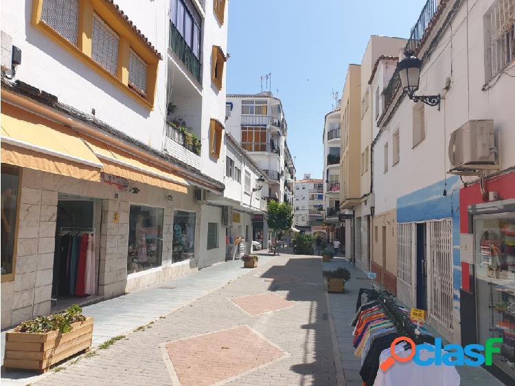 Amplio Piso en pleno centro de San Pedro con Tres dormitorios. 3