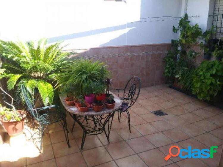 Adosado en zona El Retiro, ideal para familias 3