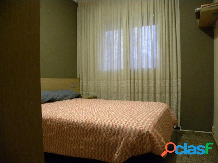 Piso de tres habitaciones dobles y una individual en San Andrés de Palomar 2