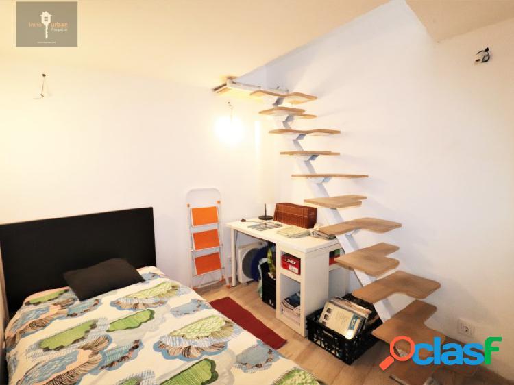 Local comercial adaptado a vivienda. Dos dormitorios. Planta baja. 2