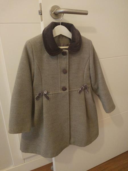 Abrigo niña gris