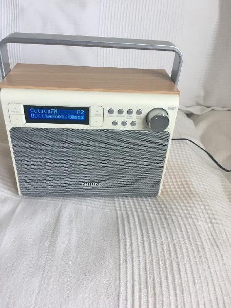 Radio philips estilo retro