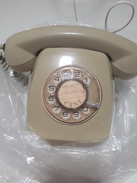 Teléfono años 70 marcación rueda