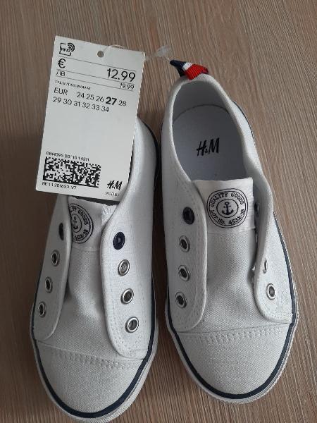 Zapatillas blancas número 27