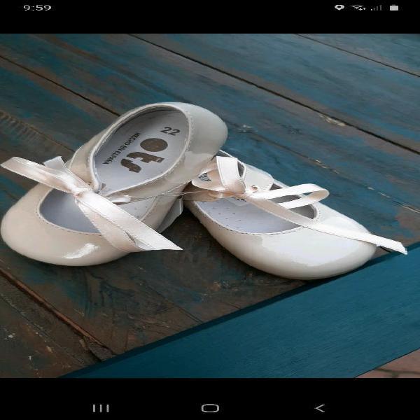 Zapatos 22 charol ots