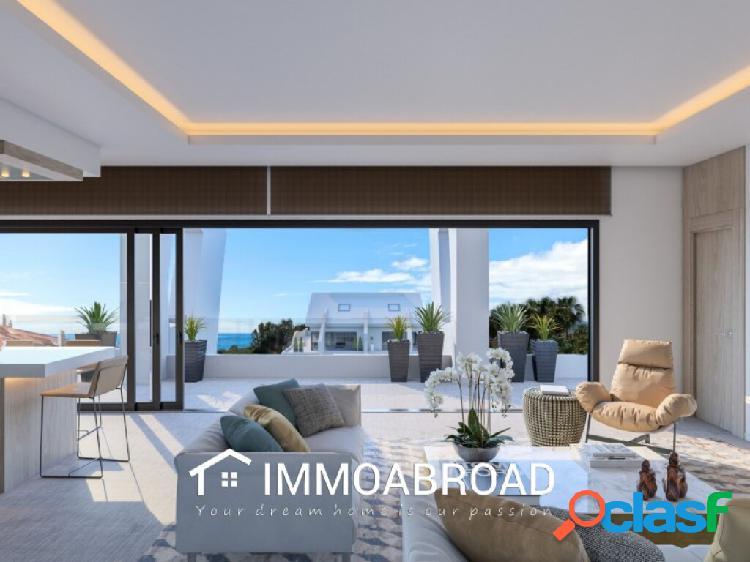 Apartamento en venta en Marbella con 2 dormitorios y 2 baños 1