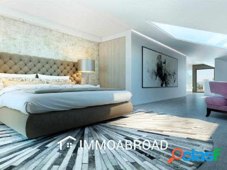 Apartamento en venta en Marbella con 2 dormitorios y 2 baños 2