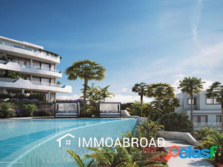 Apartamento en venta en Fuengirola con 2 dormitorios y 2 baños 1