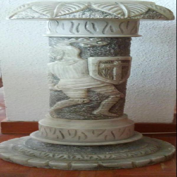 Columna de alabastro con luz