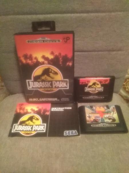 Jurassic park + mega games de regalo.