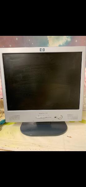 """Monitor hp 15 """" vga"""