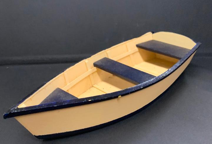 Barca de madera con 2 remos, en miniatura, para casa de