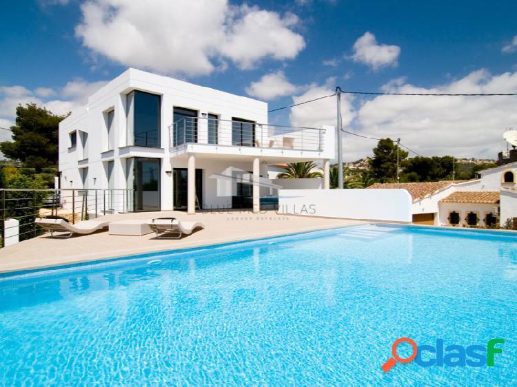 Villa moderna con vistas al mar en venta en benissa, alicante