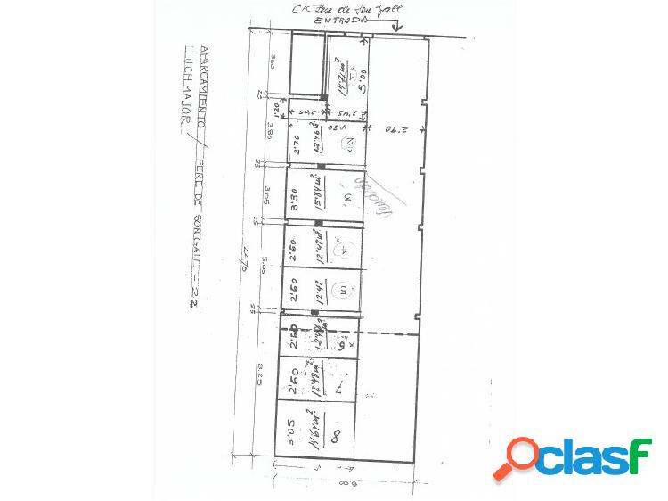 Garaje con licencia para 8 plazas
