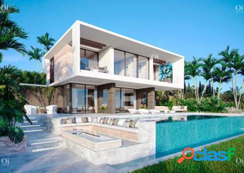 Villa en venta en estepona, málaga