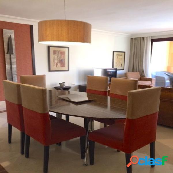 Apartamento en Venta en The Golden Mile, Marbella, Málaga 2