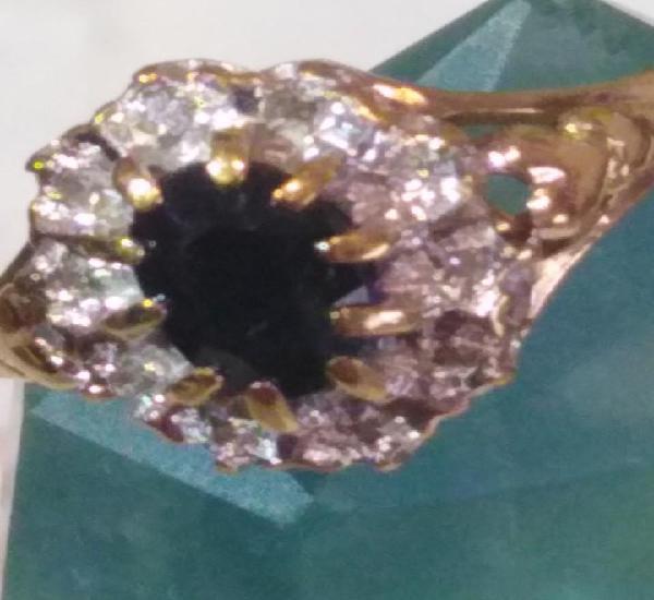Anillo vintage de oro macizo, diamantes y zafiro naturales