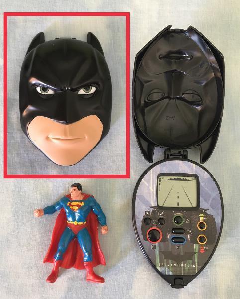 Batman begins lcd + regalo superman