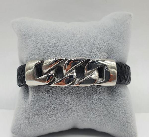 Moderno brazalete para hombre en cuero auténtico trenzado y