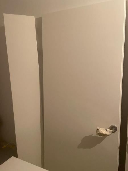 Puerta lacada blanca 72 cm mas aplique 18 cm