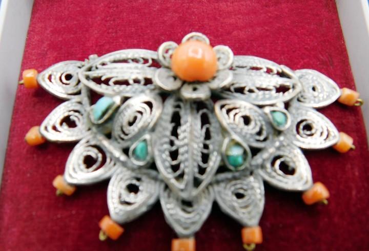 S. xix - antiguo adorno chino con coral y turquesas
