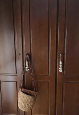 3 puertas armario buk nogal.