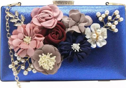 Bolso clutch de fiesta lujo en azul brillante y do