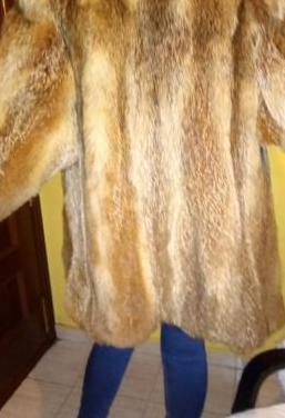 Chaqueton tres cuartos de piel de zorro