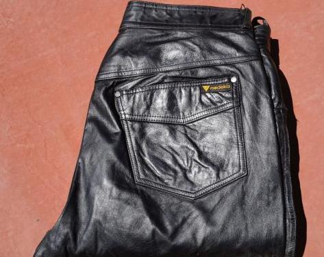 Pantalón modeka de cuero