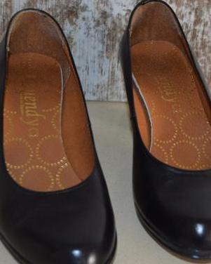 Zapatos negros de piel