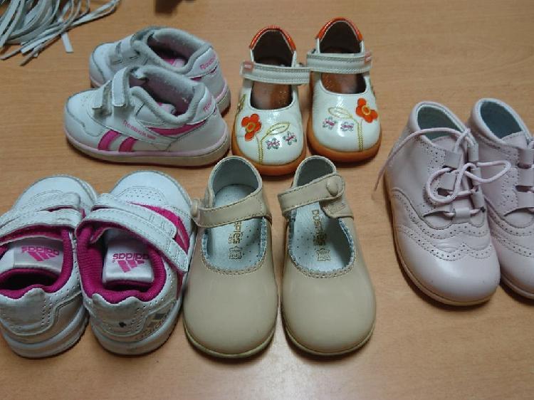 5 pares zapatos, Adidas, Reebok, Pablosky