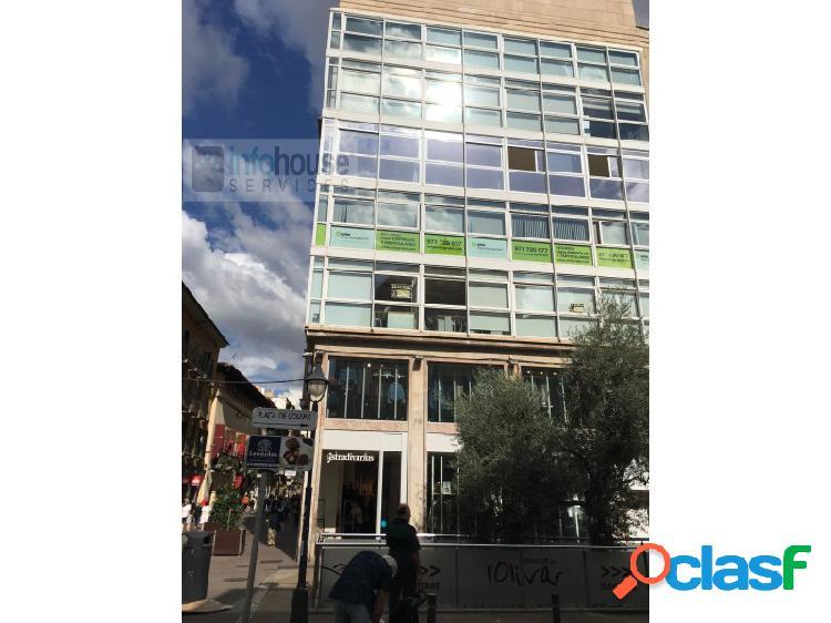 Ref. 603 oficina centrica en palma precio: ofcina en plaza olivar,1-1º, de 175 m2, en la actualidad separada en cuatro despachos, sala de juntas, oficina, dos aseos y almacen de servicio para