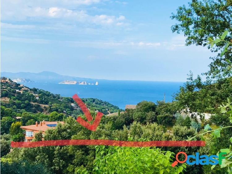 Parcela con vistas al mar Islas Medas cerca de la playa y del centro de Begur