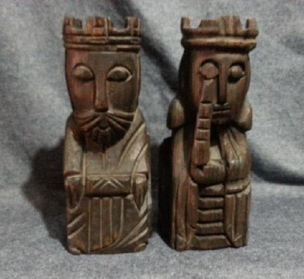 Reyes catolicos madera....pareja de sujetalibros