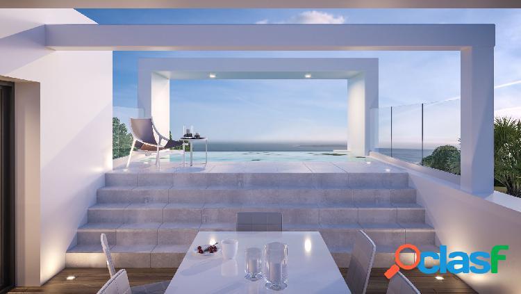 Villa espectacular en venta en benalmádena. malaga