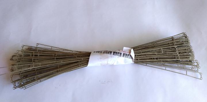 Electrotren h0, lote de 60 hilos de catenaria larga. usadas.