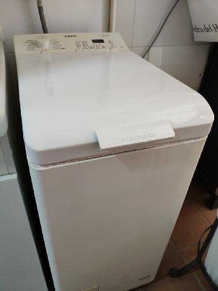 Lavadora 6kg carga superior aeg